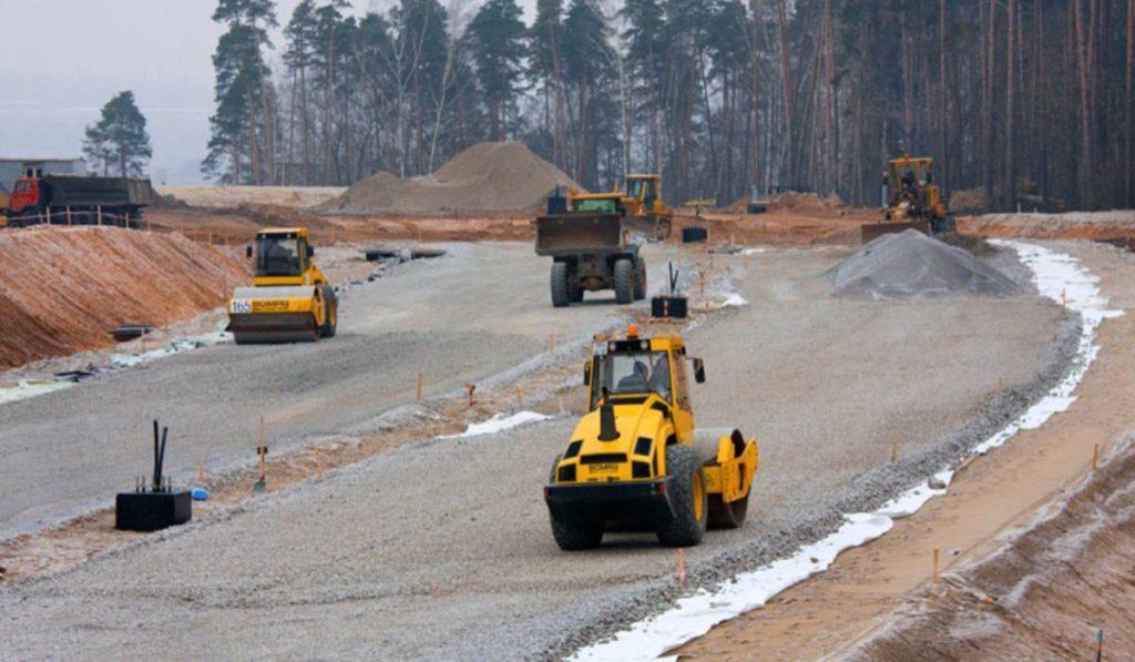 А что еще нужно для постройки отличной дороги? ... Чтобы правительство не мешало...