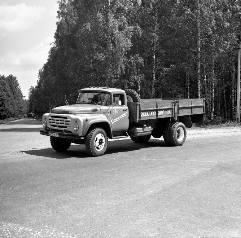 Как научился водить Зил, история 43-х летней давности.